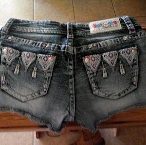 Grace in la jean shorts 28